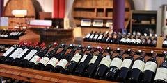Vins Béziers , dégustation de vins, bouteilles de vins (® SAAM-fabrice Chort)