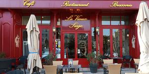 Le Vieux Siège à Béziers vous attend en terrasse dès le 19 mai (® SAAM fabrice CHORT)