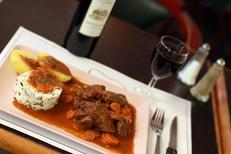 Café des arts Béziers est une brasserie avec une cuisine fait maison en centre-ville ( ® SAAM-fabrice Chort)