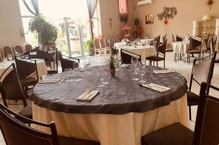 Le restaurant Domaine de Pradines à Béziers propose une cuisine traditionnelle et régionale.(® domaine de pradines)