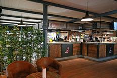 Hallegria Béziers est un restaurant, bar à tapas et lieu d'évènements en centre-ville dans les Halles (® SAAM-Fabrice Chort)