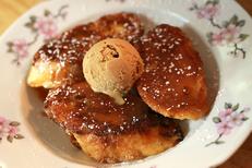 La Marjolaine Béziers est un restaurant de cuisine fait maison face aux Arènes en centre-ville. Ici un pain perdu (® SAAM-fabrice Chort)